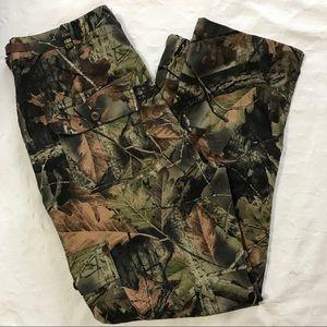 Trail Crest Camo Cargo Pants, Size L (waist 36-39)